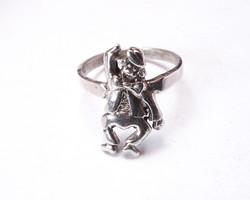 Bohócos ezüst gyűrű.