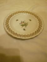 Herendi hecsedli, csipkebogyó mintás porcelán áttört fali tál, tányér