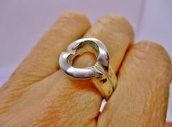 Gyönyörű nagy modern ezüst gyűrű