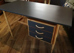Íróasztal, retro / vintage /loft  industrial