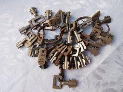 29 db kulcs