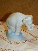 Ritka festésű Drasche elefánt.