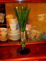Üvegstúdióban vásárolt  különleges formájú üveg kehely   25 cm