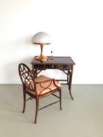 Bambusz fésülködőasztal selyem párnás székkel
