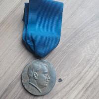 """Náci Adolf Hitler,a """"hűség"""" kitüntetés"""