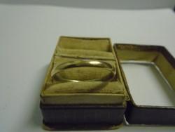 Angol antik karikagyűrű mesterjeles 1,8 gramm 22 mm a belső mérete