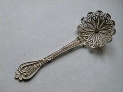 KK479 Filigrán ezüst dísz kanál