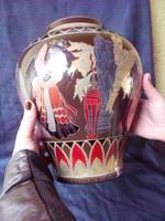 Zsolnay,nagyméretű eozin többtűzű váza.Japán gésákkal.Egyedi darab.Hibátlan.Mrs Joli Pakuts munkája.