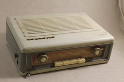 Antik ORIONTON bakelites rádió 326