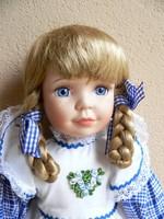 Porcelánbaba lány