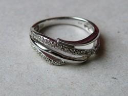 KK533  9 karátos fehér arany gyűrű fémjelzett