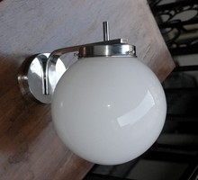 Art Deco  -  Streamline  -  Bauhaus falikar felújítva  -  fehér gömb búra