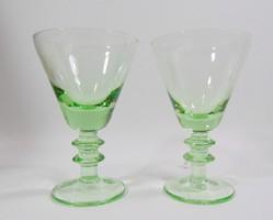 Zöld, talpas likőrös pohár párban
