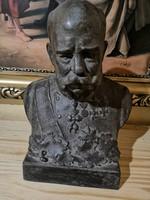 Ferenc József mellszobor