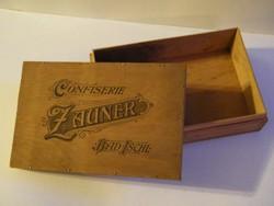 Régi Zauner bonbonos doboz fából