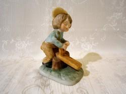 E_016 Nagyon aranyos biszkvit porcelán libikókázó kisfiú