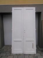 Nagypolgári fehér fa ajtó