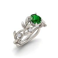 925-s töltött ezüst gyűrű, smaragdzöld kristállyal