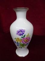 Hollóházi porcelán váza, gyönyörű virágmintával. 24 cm magas.