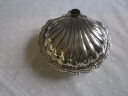 Kagyló alakú kaviáros tálka üveg betéttel