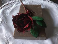 Festett vas rózsa márvány lapon