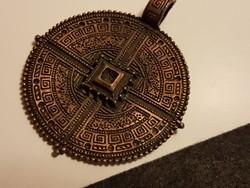 Görög bronz  iparművész talizmán medál. 5 cm-es