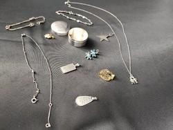Ezüst szelence ékszerekkel 925-ös 41,2 g