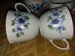 Kahla csésze, kékárvácskás, barokk széllel