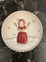 Jelzett GOEBEL porcelán dísztányér kidomborodó angyallal