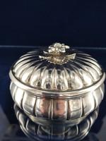 Gyönyörű ezüst bonbonier 1900-as évek közepe