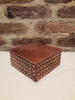 Retró vörösréz borítású doboz