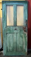 Zöld antik ajtó