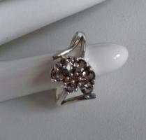 Füstszínű köves, női ezüst gyűrű