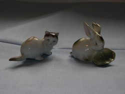 Zsolnay  porcelán nyuszi levéllel