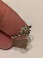 14 kr brilliáns gyűrű szép állapotban eladó!Ara:35.000.-