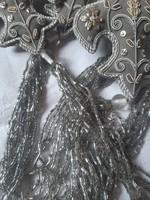 Ezüst-óarany selyemre hímzett gyöngyös dekoráció,karácsonyfadísz