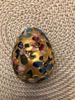 Gyönyörűséges rekeszzománc tojás