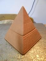 Mécsestartó piramis kerámia