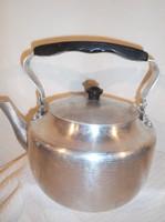 Fém - SZOVJET 2,5 literes - alumínium teáskanna - rendkívül masszív - szép állapot