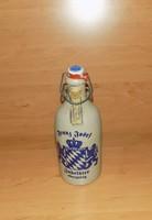 Jubileumi Ferenc József kőporcelán csatos üveg 0,5 literes (24/d)