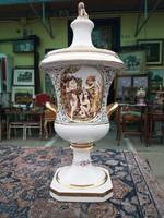 Capodimonte váza.