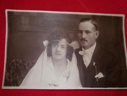 Antik fotó képeslap Esküvői pár a képek szerint