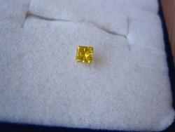 Ritkaszép fancy sárga gyémánt drágakő princess csiszolású, eladó gyűjtői hagyatékból