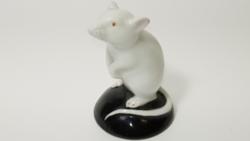 Nagyon ritka,régi porcelán kisegér figura :)