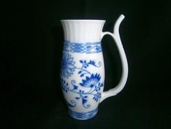 Régi Csehszlovák hagyma mintás csőrős porcelán ivópohár 14 cm magas