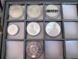 1 tálca ezüst magyar emlékérem (6 db) + ajándék ezüst naptárérme