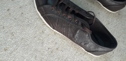 Női cipő eladó