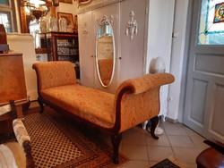 Neobarokk, bécsi barokk sofa kanapé ágy dívány rekamié felújítva