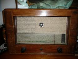 Telefunken  440 V antik rádió 1938-ból teljesen ép állapotban