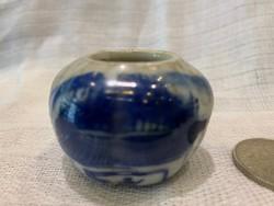 Kinai kis tároló edény kékfestéssel